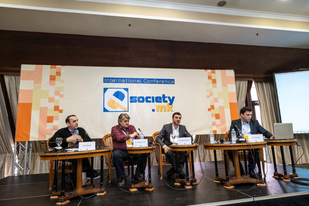 Sead Xhigall, Vlladimir Petreski, Marjan Zabërçanec, Goran Rizaov. Foto: Vanço Xhambaski
